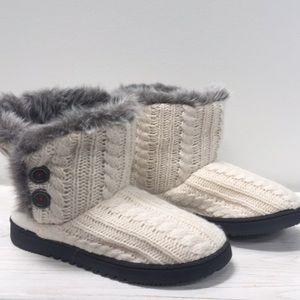 5/$25 Girls Dearfoam Knit Bootie Slipper: Small